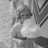 Cotton Carnival, Memphis, Tennessee. Marion Post Wolcott, 1940.