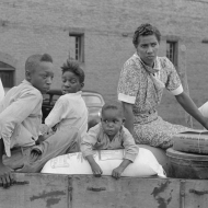 Negro family with supplies in wagon ready to leave for the farm, Saturday afternoon, San Augustine, Texas. 1939