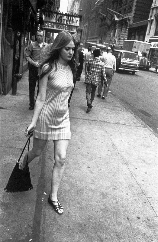 5942633596 ed5bf83ecd b Custom INTERVIEW: An Interview with Garry Winogrand (1981)