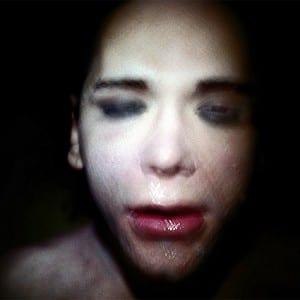 "ANTOINE D'AGATA: ""Empty Shell Walking"" (2009)"
