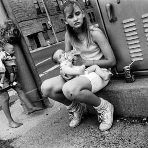 "INTERVIEW: ""Street Shooter – An Interview with Mary Ellen Mark"" (1987)"
