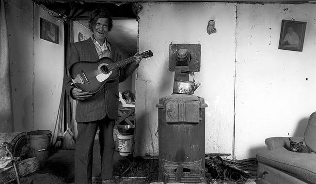 Bert-with-Guitar,-'92