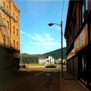 "STEPHEN SHORE: ""Uncommon Places"" (2004)"