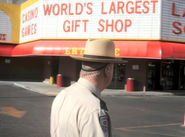 "ASX.TV: Alec Soth – ""Las Vegas Birthday"" (2009)"