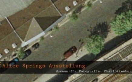"""ASX.TV: Alice Springs – """"Alice Springs Ausstellung – Helmut Newton Museum in Berlin"""" (German) (2011)"""