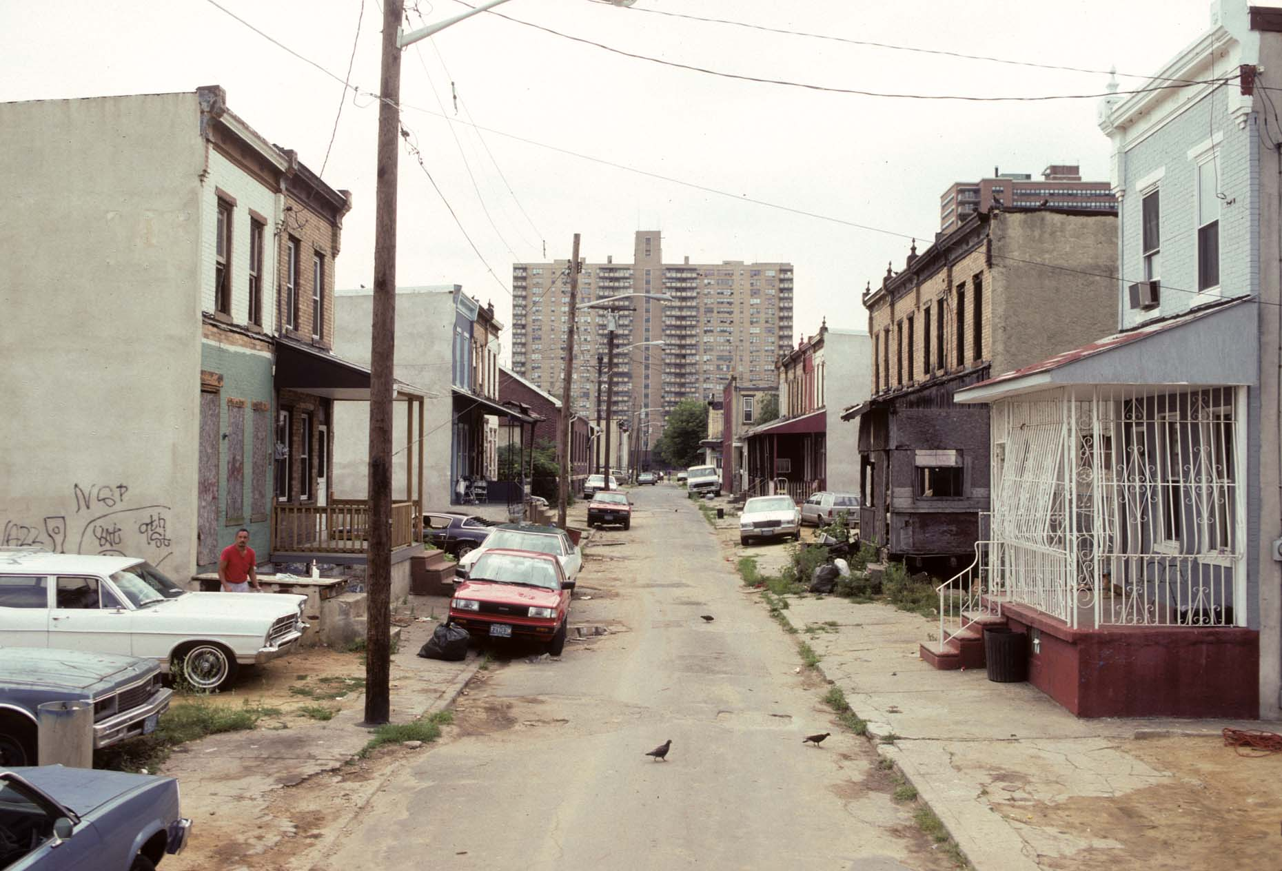View W. along Fern St. from 937, Camden, 1992