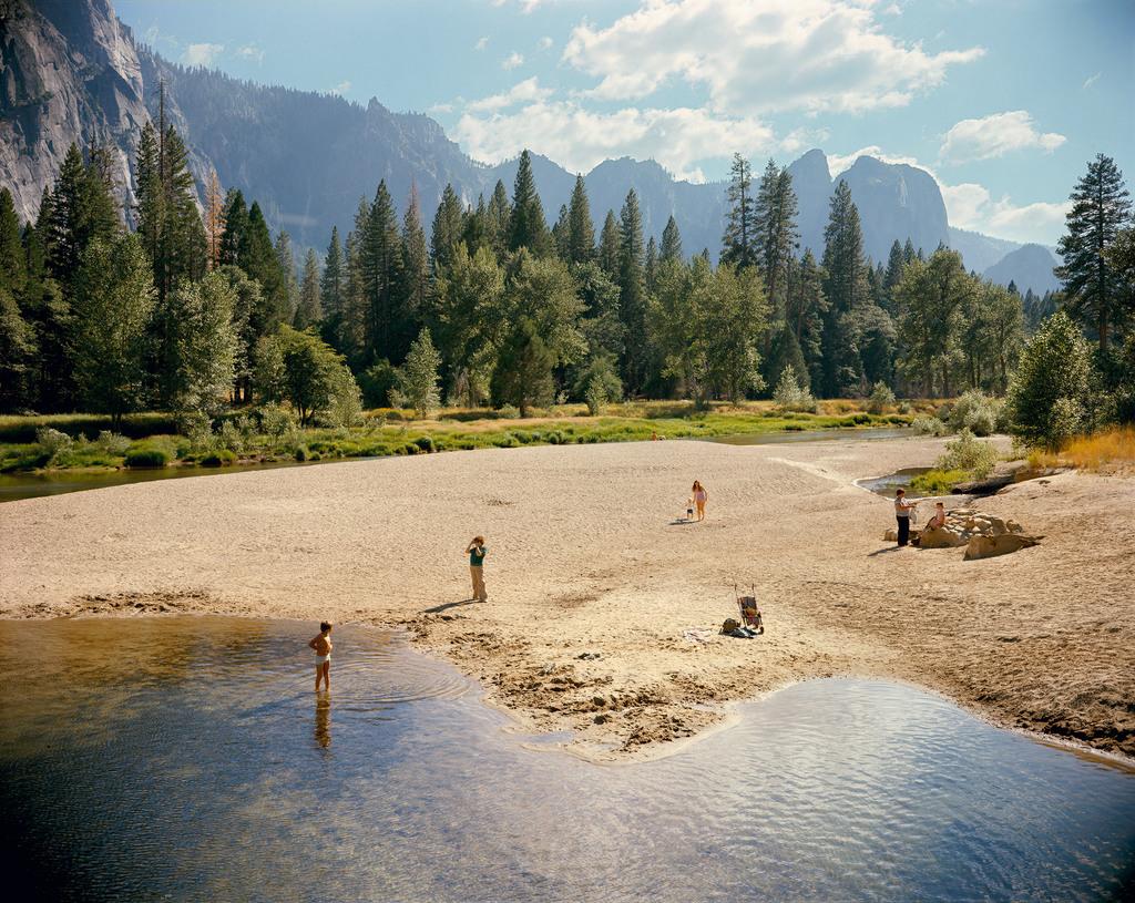 The landscape of stephen shore 2007 asx for Landscaping rocks merced ca