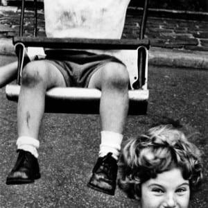 """WILLIAM KLEIN: """"The New York School: Photographs, 1936-1963″ (1992)"""