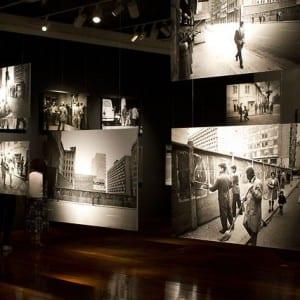 "ASX.TV: Koen Wessing – ""Centro Gabriela Mistral Exhibition"" (2012)"