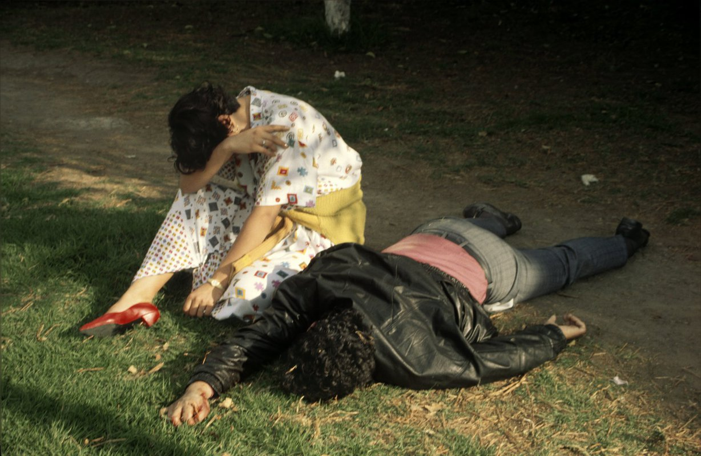 X 3 2 >> Enrique Metinides: 'Death in Mexico City' – AMERICAN SUBURB X