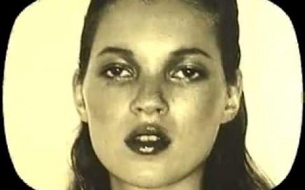 """ASX.TV: Juergen Teller – """"The Photographers Gallery 1998″ (1998)"""