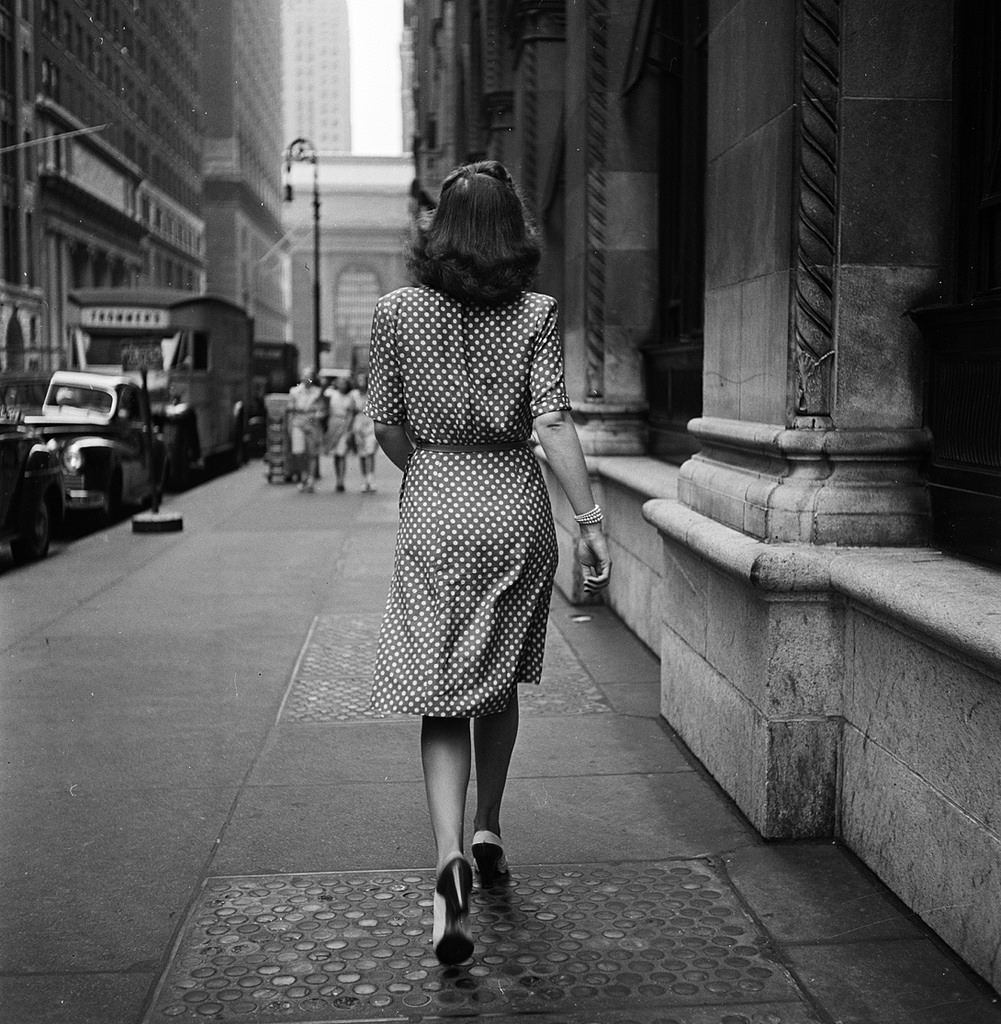 Stanley Kubrick S Photographs Of 1940 S Nyc American