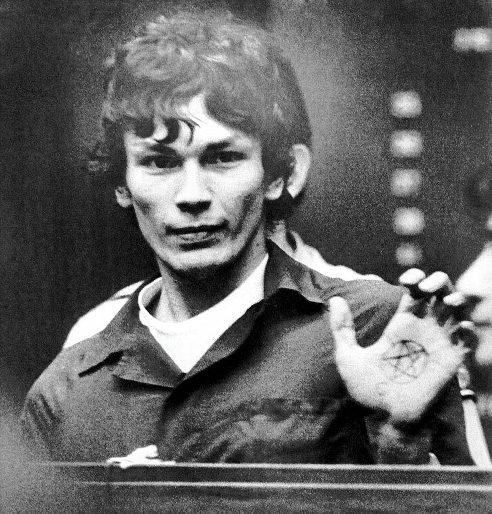 "The Twisted Tale Of Richard Ramirez, The ""Night Stalker"" Serial Killer"